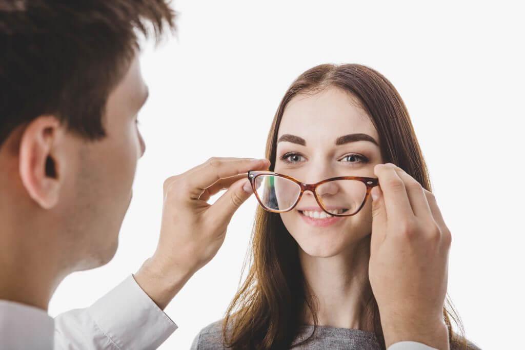 משקפיים משולבים מולטיפוקל
