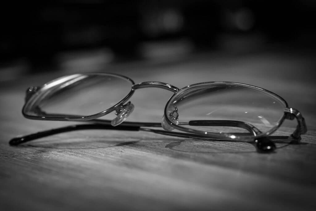 טיפים להתאמת משקפיים לילדים